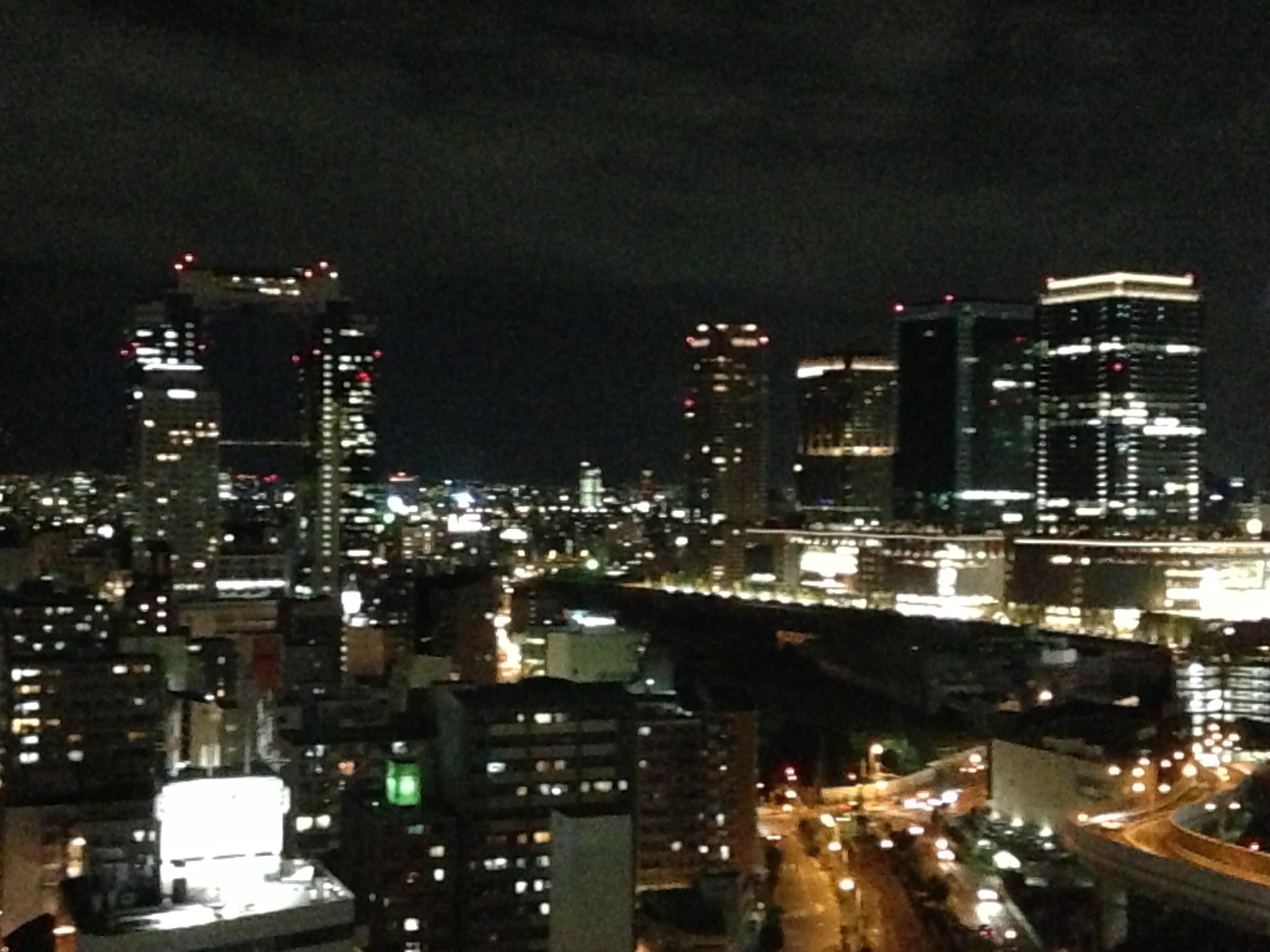 阪神ホテルから梅田スカイビルの夜景